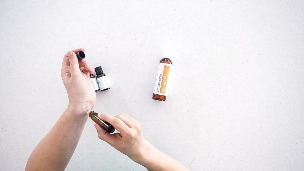 essential oils for motion sickness
