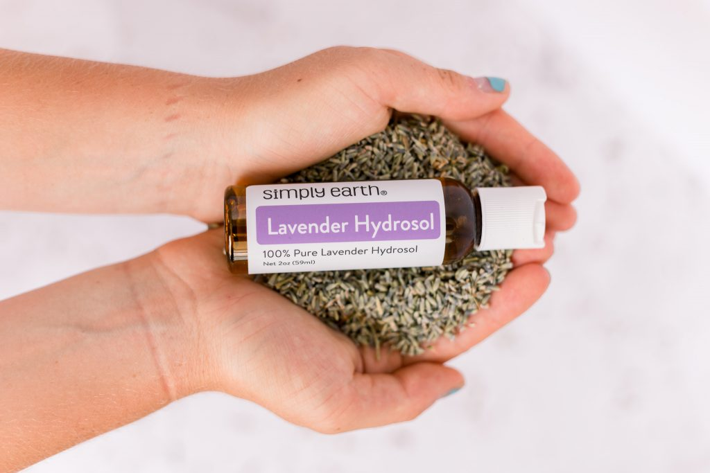 Lavender Hydrosol. essential oils for cats