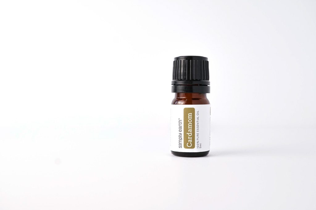 Uses of Cardamom Essential Oil