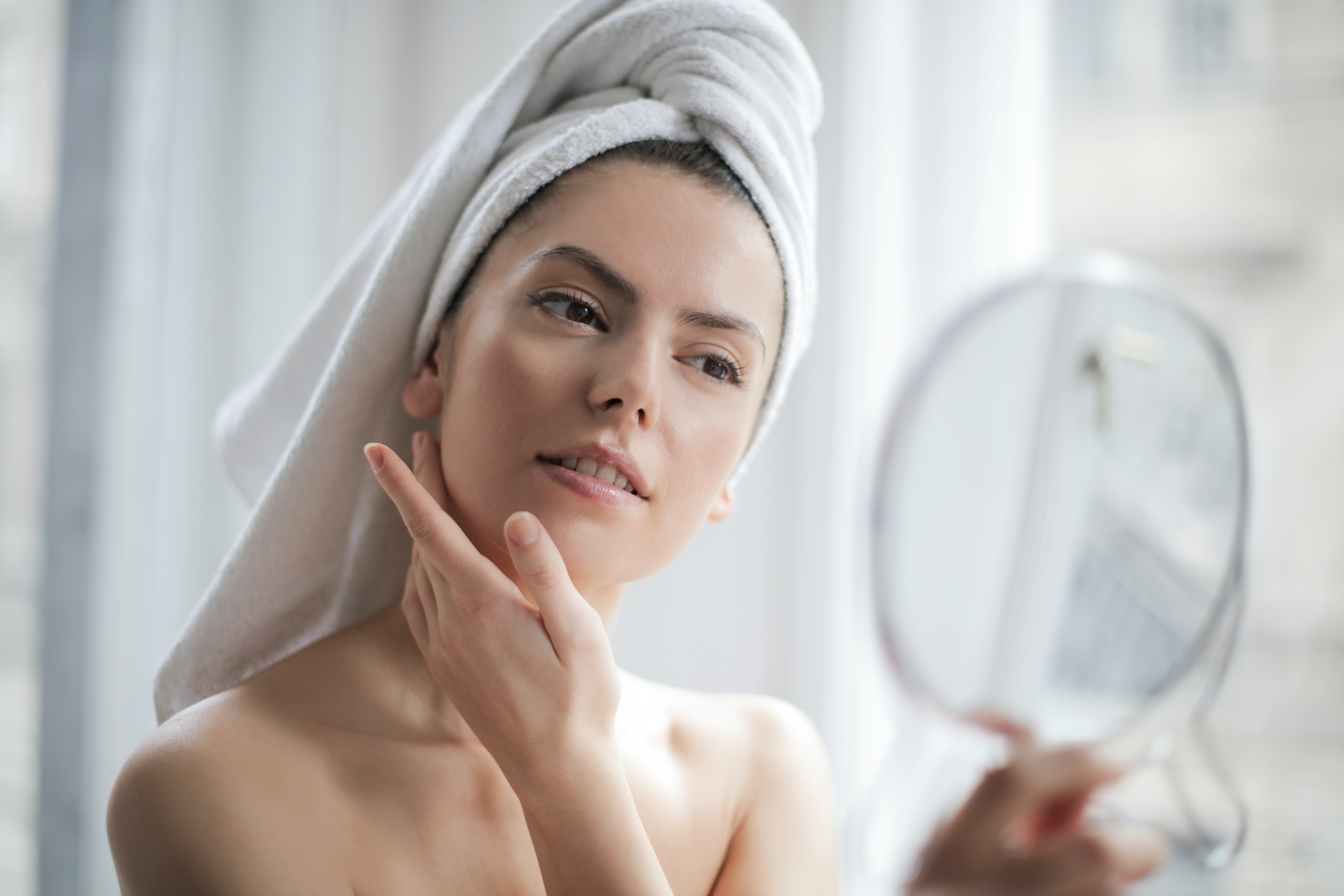 10 Easy Ways To Take Care Of Your Face Naturally